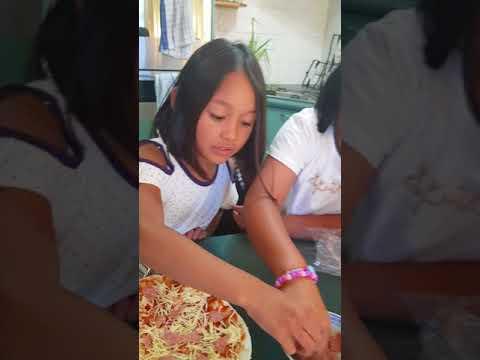 Making Pepperoni Pizza 2018