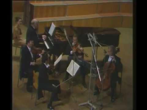 Sviatoslav Richter and the Borodin Quartet play Dvorak Quintet No.2 A Major Op.81