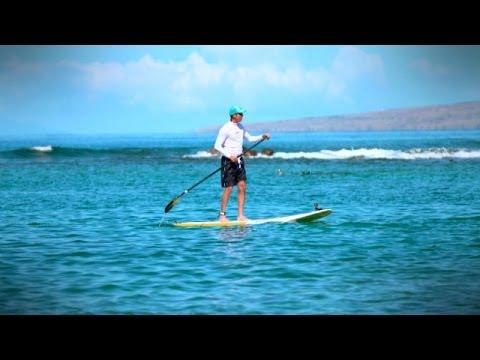 Matt Kuchar goes paddle boarding