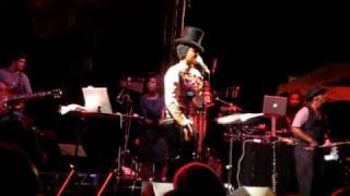 Erykah Badu- Love of my Life (Ode to Hip Hop) @ Governor's island (Encore)