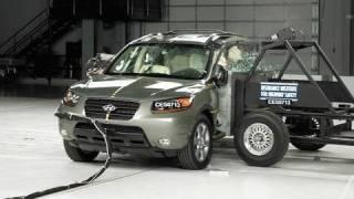 2007 Hyundai Santa Fe side IIHS crash test