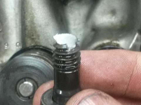 Remove Broken Bolt >> Removing A Broken Head Bolt On A Chrysler 440 Youtube