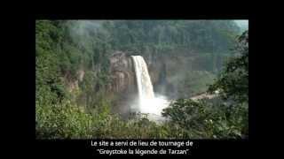 Les chutes d'Ekom Nkam (au Cameroun Afrique centrale)