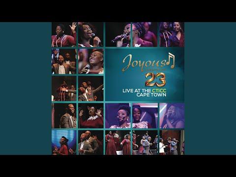 Moya Oyingcwele (Live)