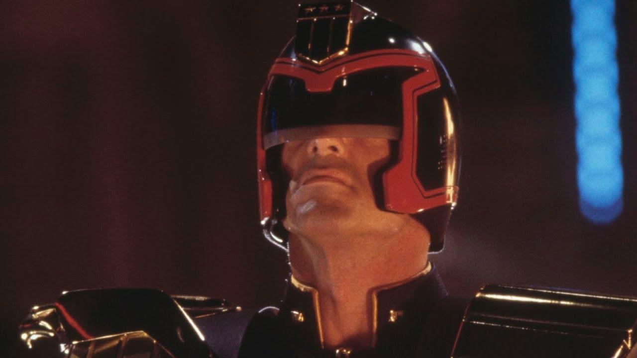 Judge Dredd 1995 Sylvester Stallone Rob Schneider Diane Lane Max Von Sydow Danny Cannon Warpiter Youtube