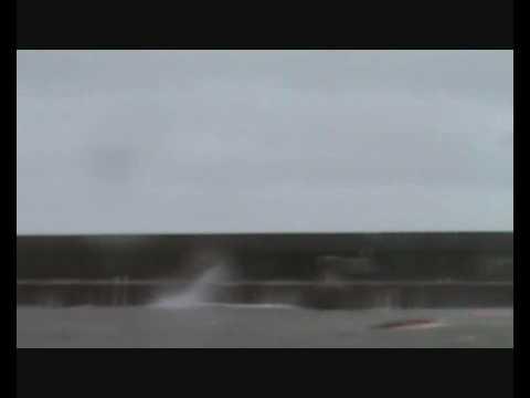 Dunbar Harbour - Rough Weather 30/03/2010