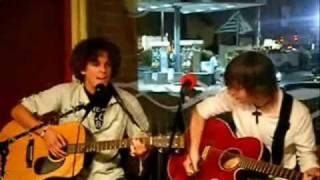 Hotel Yorba by The White Stripes Acoustic Cover