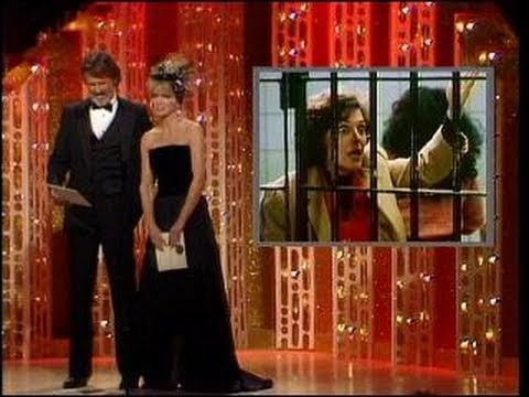 Kathleen Turner Wins Best Actress Motion Picture Musical or Comedy - Golden Globes 1985