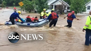 Flash floods hit parts of Midwest