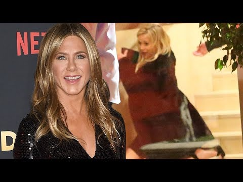 Jennifer Aniston&39;s 50th Birtay Was Wild From Brad Pitt&39;s Surprise Cameo to Reese&39;s Fall