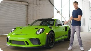 Score a Porsche 911 GT3 RS with $20,000 in the Trunk // Omaze