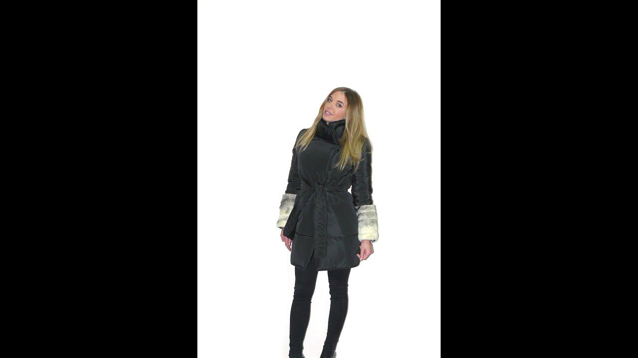 Женские куртки из меха. Зимняя куртка с мехом – идеальный вариант для изменчивых холодных сезонов, характерных для нашей страны. Куртки из меха появились в арсенале модниц совсем недавно и быстро стали фаворитами сезона. Они идеально сочетаются со строгими юбками, классическими.