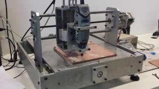 Fresadora CNC para placas de circuito eletrônico