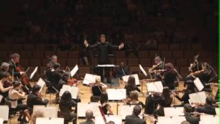 THE FILM SYMPHONY ORCHESTRA (Far and Away) - Constantino Martínez - Orts, conductor