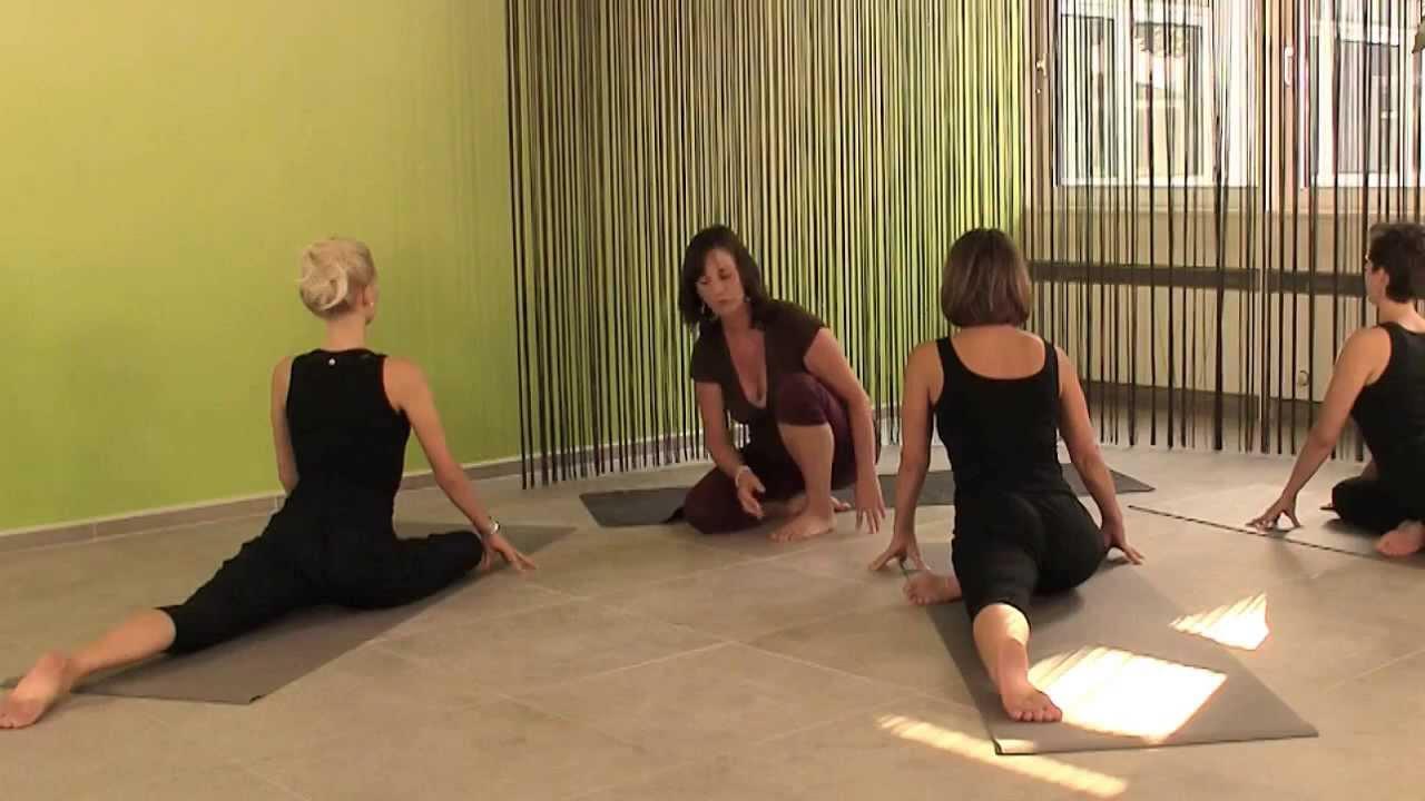 Der schlafende Schwan (Yin Yoga) - Zur Öffnung der Hüften - YouTube