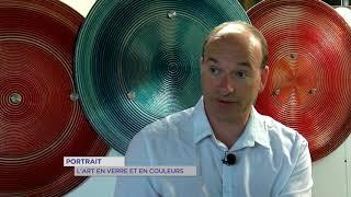 Portrait : l'art en verre et en couleurs