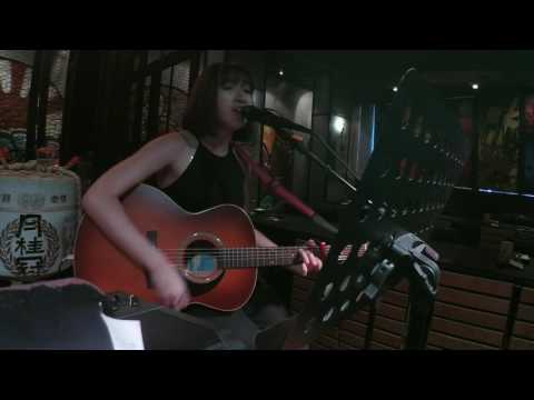 MANDY TAN LIVE SHOW - GUITARIST + VOCALIST 吉他弹唱女歌手
