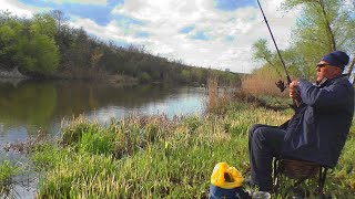 Рыбалка на пружины Ловля карася на реке My fishing