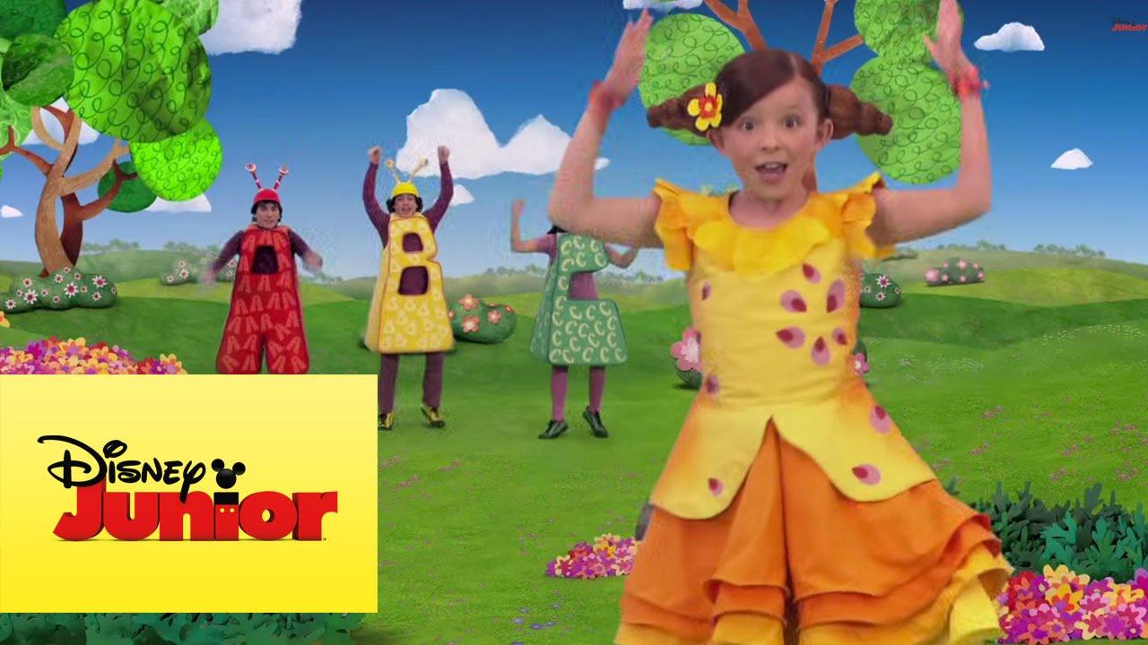 A cantar contando el jard n de claril youtube for Cancion el jardin de clarilu