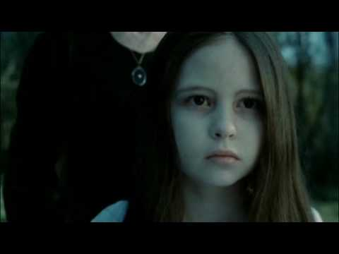 Samara Morgan (the Ring) - Walking On Air (Kerli)
