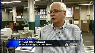 Penn State engineer students help manufacturing company(Original Air Date: 3/19/14 By: WJAC Web Staff CLEARFIELD, Pa. -- Several senior engineering students from Penn State University took a trip to a school supply ..., 2014-03-25T19:39:20.000Z)