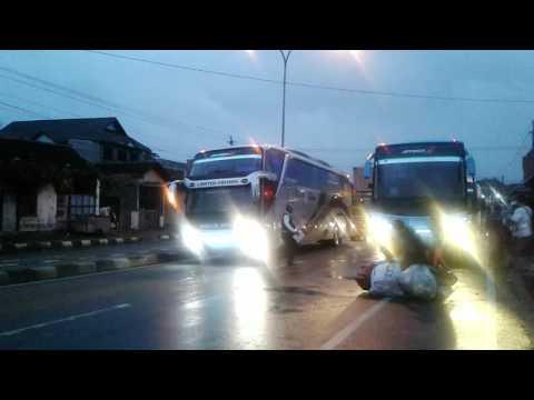 Bus Rosalia Indah SHD 103 DATANG DI AGEN KARTASURA