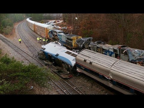 Amtrak train crash kills 2 in South Carolina