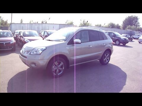 2011 Renault Koleos. Start Up, Engine, and In Depth Tour.