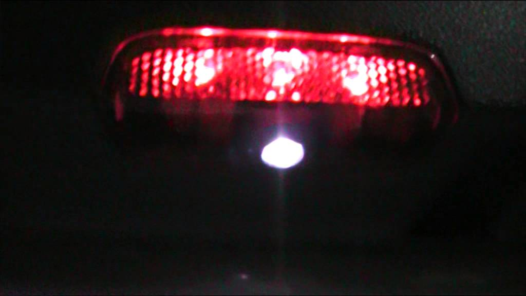 Plafoniere Targa Golf 7 : Luci led plafoniera auto rimangono accese golf luce