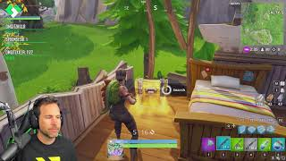 Renegade Raider tente d'obtenir le bien (fr) Fortnite Battle Royale Gameplay (fr) ClintusJeux