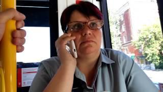 Контролеры в трамвае хамят и бьют по рукам!!!