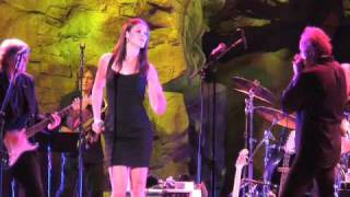 """Ayla Brown """"Dancing In The Street"""" Live with the James Montgomery Blues Band & The Uptown Horns"""