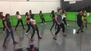 Coreografía Bella y Sensual de Romeo Santos, Daddy Yankee y Nicky Jam - Giovi Dancers