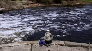 Рыбное место. Плотина на Клязьме в Ногинске.
