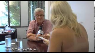 Reporter goes topless during her interview with local mayor