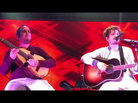 """Tommy Torres y Christian Nieves """"Pegate"""" & """"Tu Recuerdo"""" en vivo"""