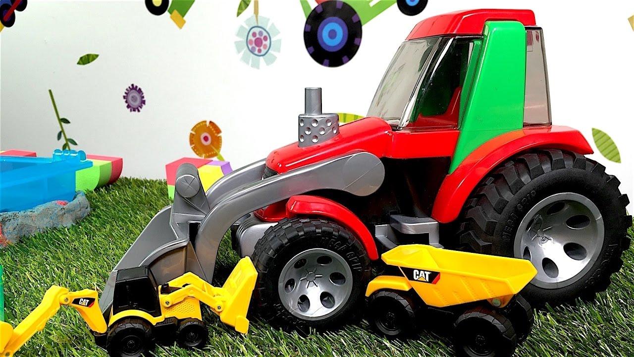 Spielzeugautos bauen eine straße spielen und lernen
