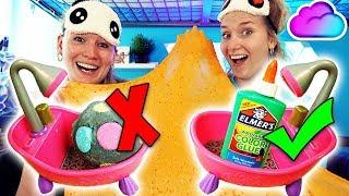 WÄHLE NICHT DIE FALSCHE BADEWANNE Badebomben Slime Challenge - Nina VS Kathi - Wer kriegt Schleim?