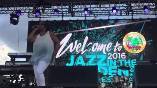 Jazz in the Gardens All-Stars : Najee, Regina Belle, Alex Bugnon