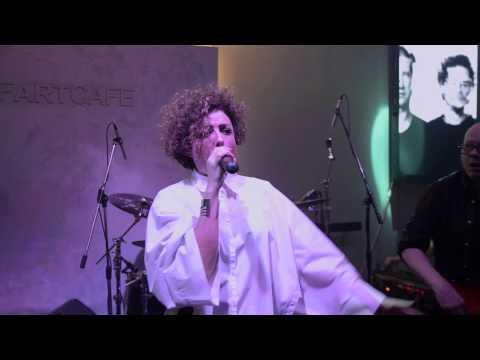 Kraak & Smaak LIVE @ Novi Bitefartcafe - Squeeze me