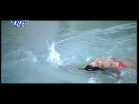 हॉट मोनालिसा बाथिंग सीन ॥ Monalisa Bathing Scene ॥ Bhojpuri Hot Uncut Scene