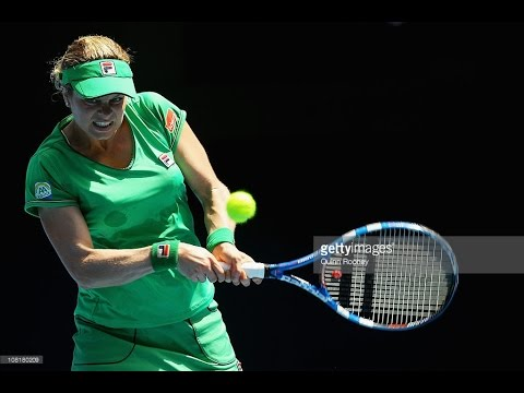 Kim Clijsters VS Carla Suarez Navarro Highlight 2011 AO R2