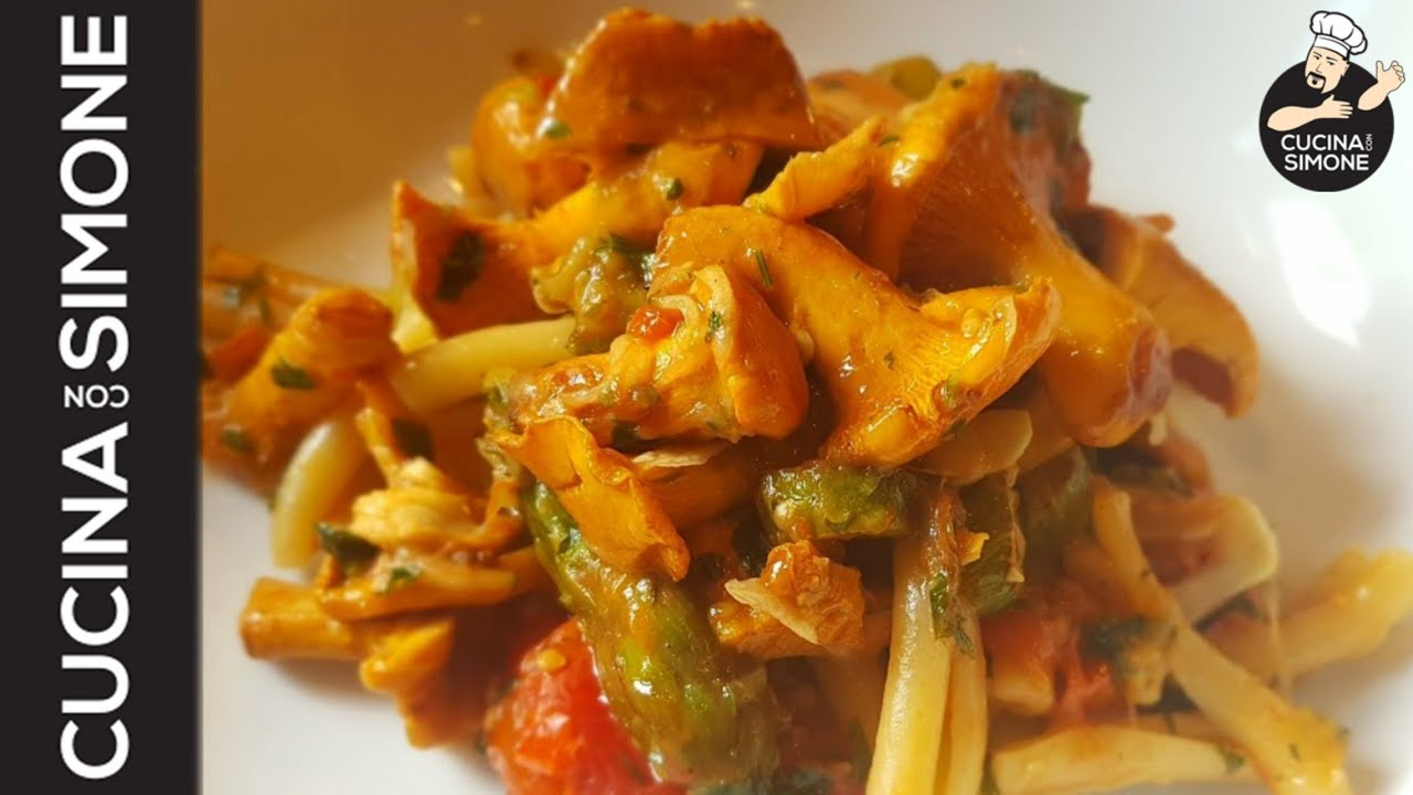Pasta dietetica con funghi galletti youtube for Cucinare funghi