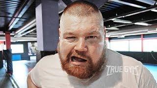 Дацику сломали челюсть / Жесткий спарринг против двоих боксеров перед боем