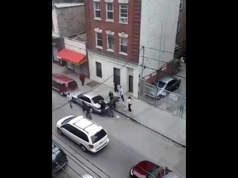 NIGGAS FIGHTING IN THE HOOD 2014..SOUTH YONKERS,NEW YORK