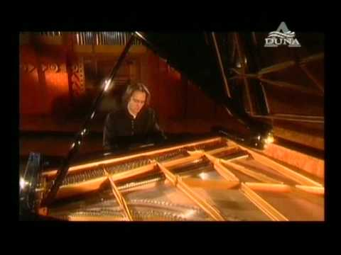 Gergely Bogányi's All Chopin recital