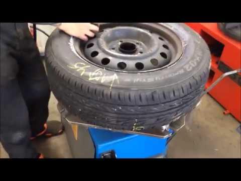 Шины Bridgestone MY 02  проверка дисбаланса на 200 км/ч - Смешные видео приколы