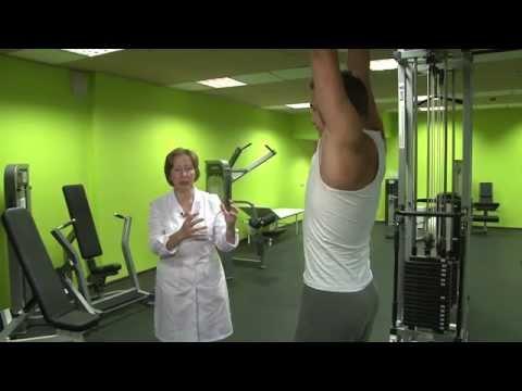Упражнения на турнике: можно или нельзя, полезно или вредно. Здоровье позвоночника.