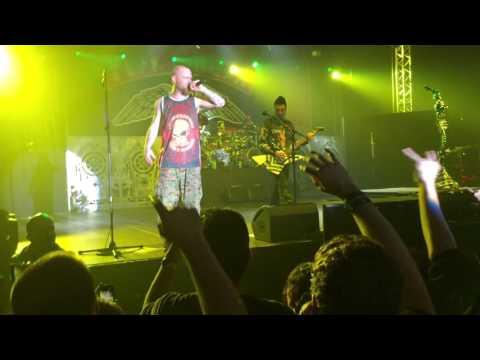 Five Finger Death Punch & Papa Roach - Prague 20.11.2015