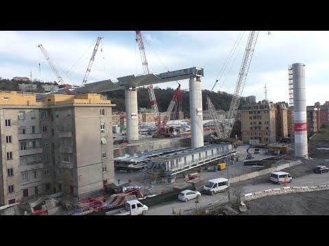 Genova, concluso innalzamento maxi campata del nuovo ponte